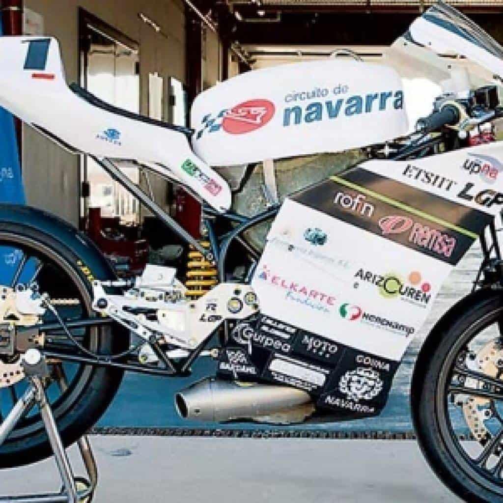 alumnos de ingenieria industrial participaron en carrera internacional motostudent 2014