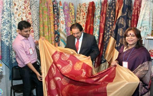 se viene la feria textil de la india 2015