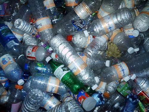 el incremento de ventas de la maquinaria para el plastico por que el fenomeno