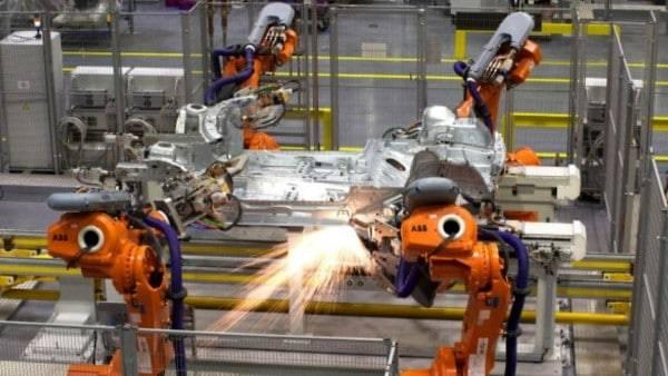 El trabajo de 600 humanos lo harán 60 robots