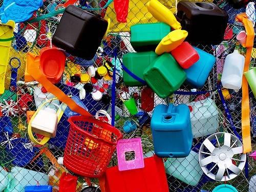 usos del plastico en la actualidad