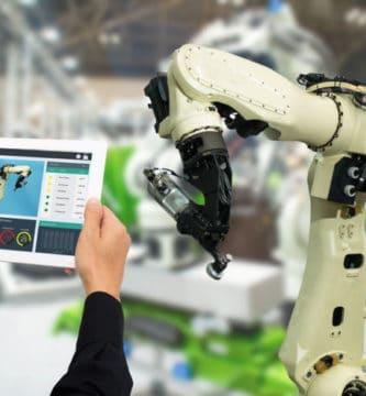 automatizacion de fabricas en distintas industrias