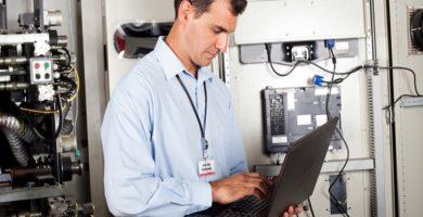 el software en la maquinaria industrial