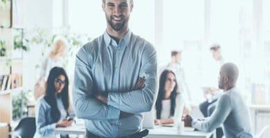 los modelos de liderazgo en las empresas industriales